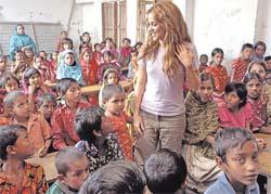 Bravo!  por Shakira y sus ALAS...