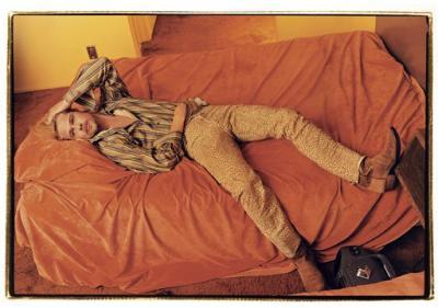 Brad Pitt en la cama...