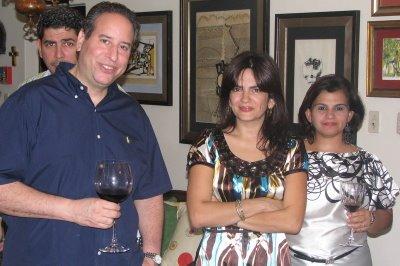 5/12 - Gabriel De Pena, Lilliam Ortega y Sory Lama