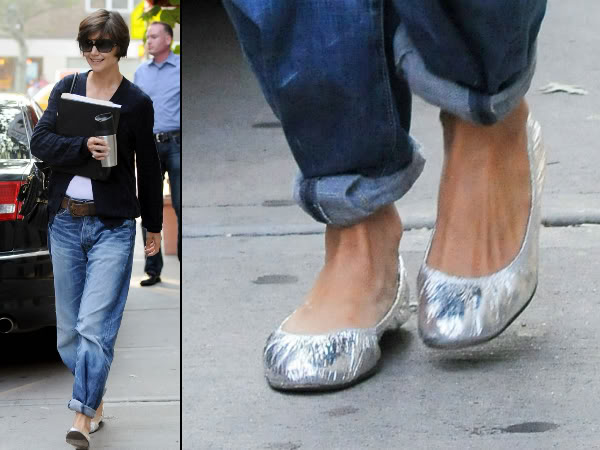Katie Holmes baggy jeans rolled-up: trend or faux pas?